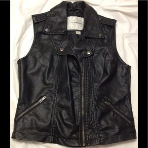 Maurices Black Vest